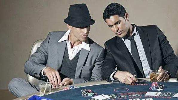 Perkembangan Sejarah Poker Tak di Indonesia